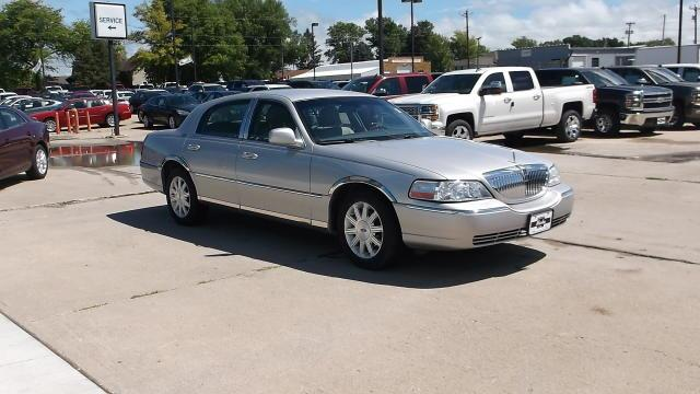 2008 lincoln town car for sale in lake city ia. Black Bedroom Furniture Sets. Home Design Ideas