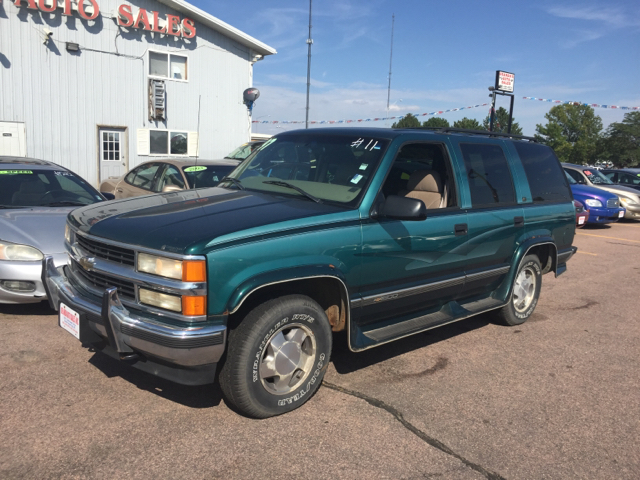1997 chevrolet tahoe for sale in south sioux city ne. Black Bedroom Furniture Sets. Home Design Ideas