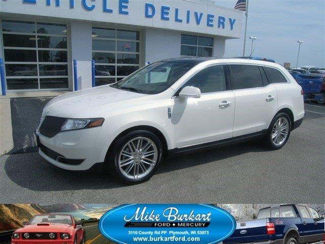 2014 lincoln mkt for sale in plymouth wi. Black Bedroom Furniture Sets. Home Design Ideas