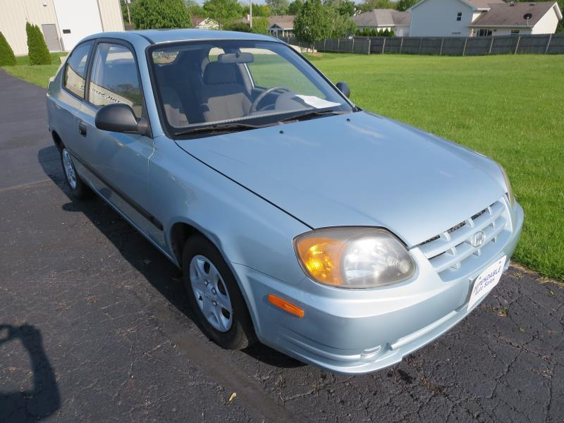 2004 hyundai accent for sale in appleton wi. Black Bedroom Furniture Sets. Home Design Ideas