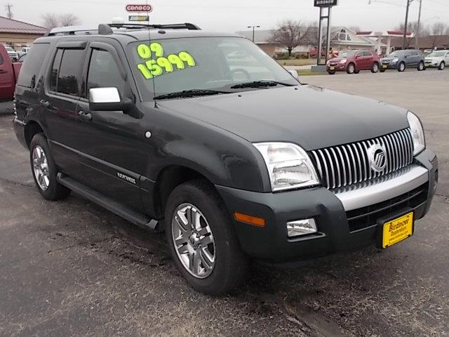 2009 mercury mountaineer for sale in monona ia. Black Bedroom Furniture Sets. Home Design Ideas
