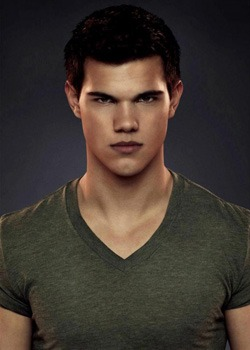 Crepúsculo Amanecer parte 2 - Taylor Lautner es Jacob