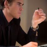 el-poder-del-dinero_Liam-Hemsworth