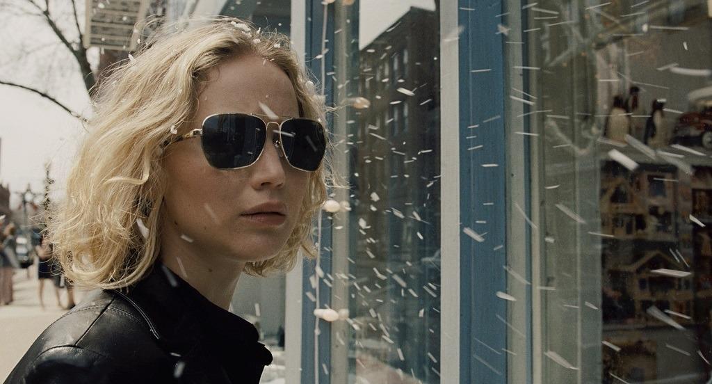 Critica de JOY con Jennifer Lawrence