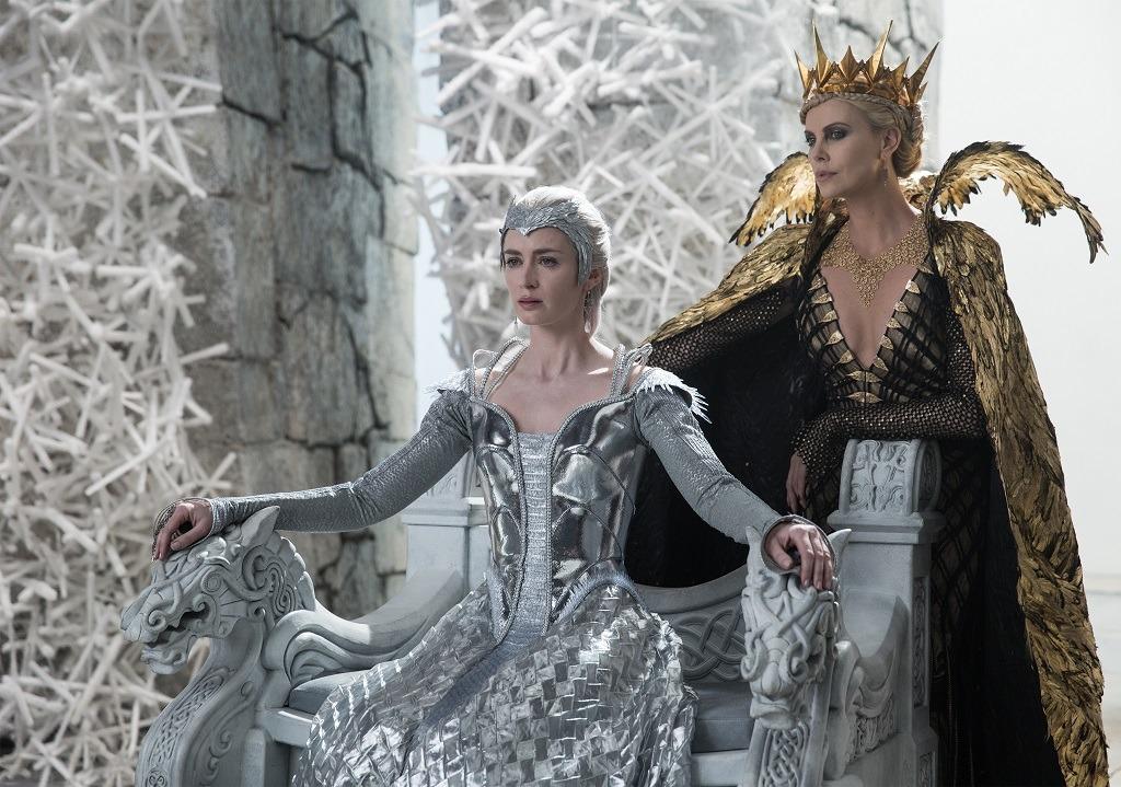 Crítica de 'las crónicas de Blancanieves: El cazador y la Reina de Hielo'