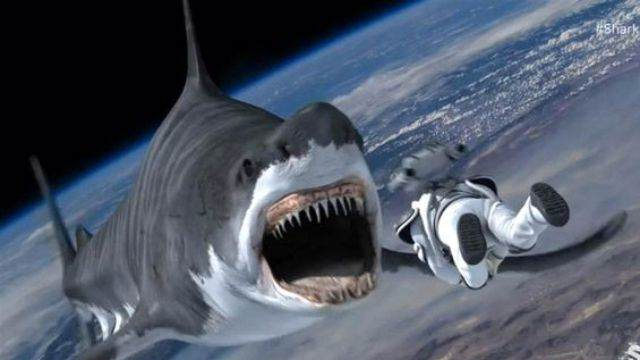 Critica de Sharknado 4