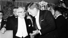 Cropped_thumb_hommes_maison_blanche_truman_kennedy