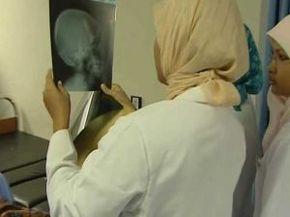 Thumb_2218_nurses_frontline_indonesie2