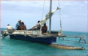 Thumb_bateaux_hommes_6bateau_de_hier