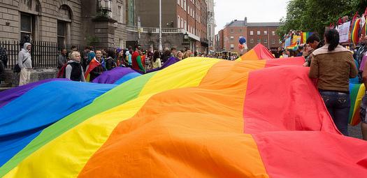 LGBT-CSR