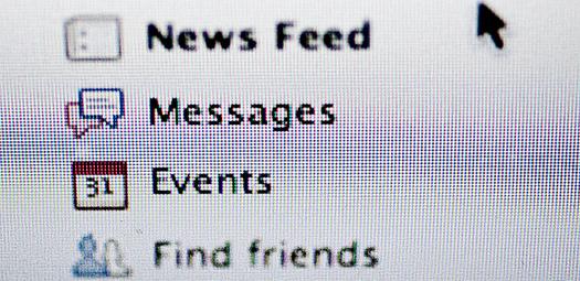 Social-Media-Newsfeed