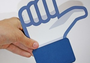 Cheat Sheet: How to Use Facebook for PR and Marketing