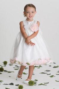Image 4 | Camilla's Bridal