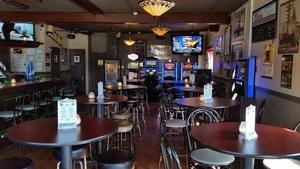 Image 2   The Grove Pub & Grill