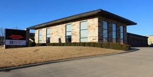 Image 2   Baxter Regional Family Clinic on Market