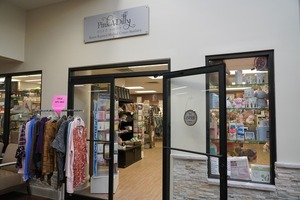 Image 2 | Baxter Regional Pink-A-Dilly Gift Shop