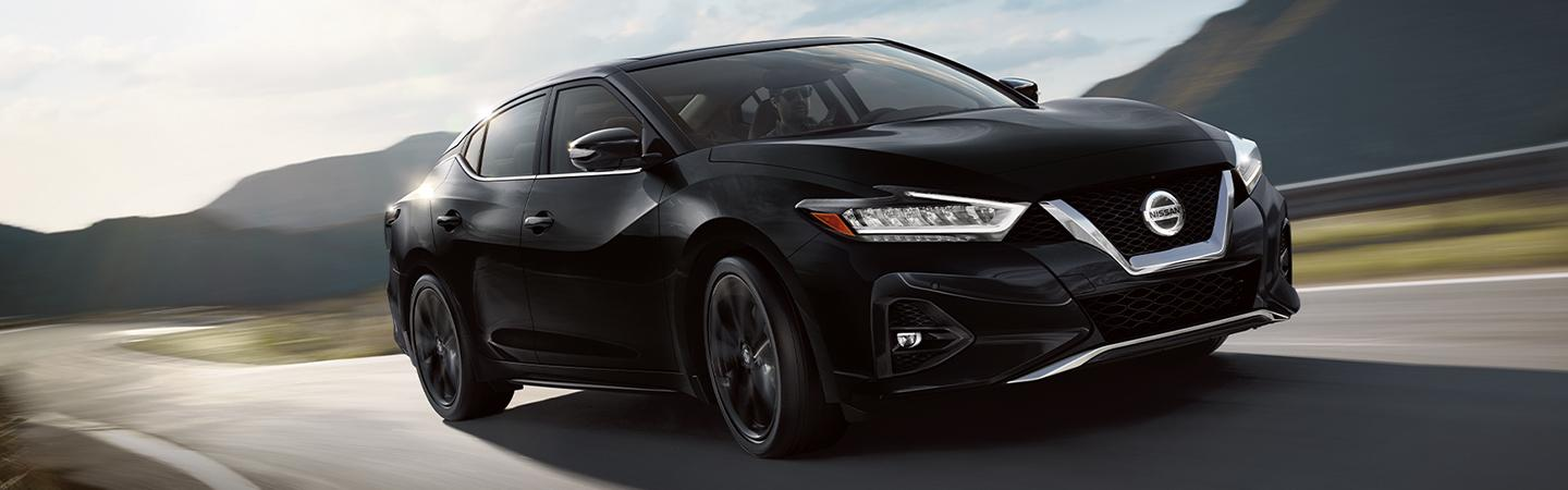 2020 Nissan Maxima sporty look
