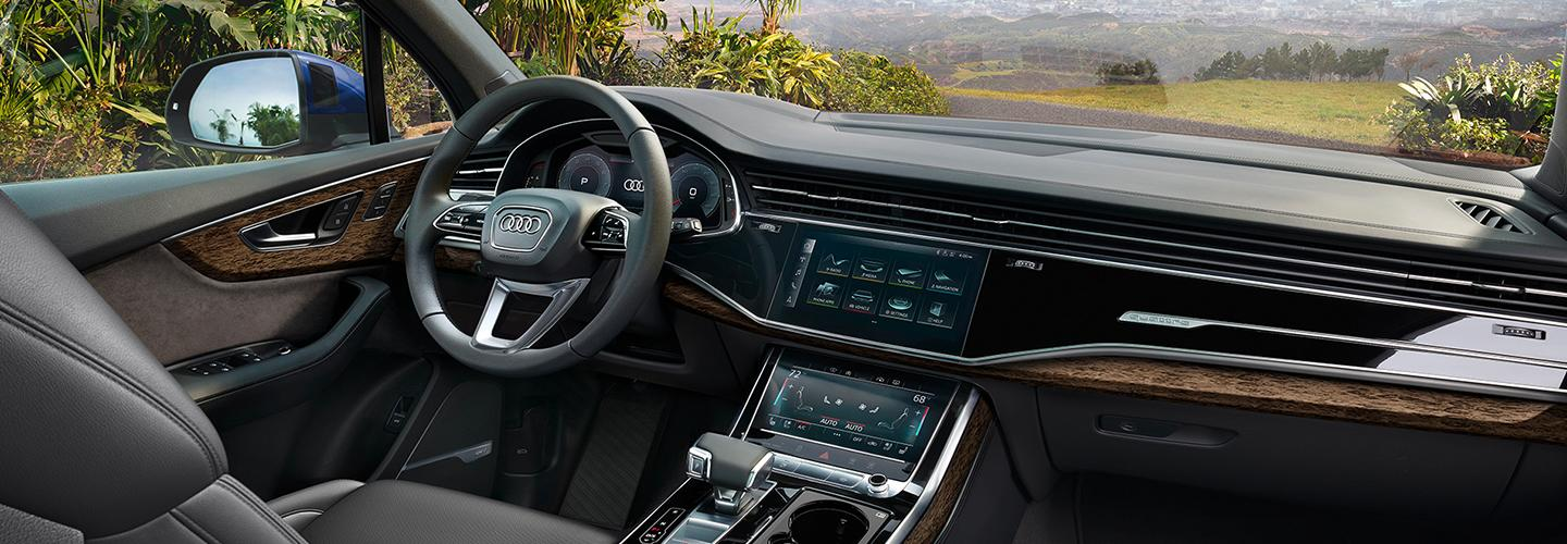 Interior steering and infotainment system of the 2020 Q7