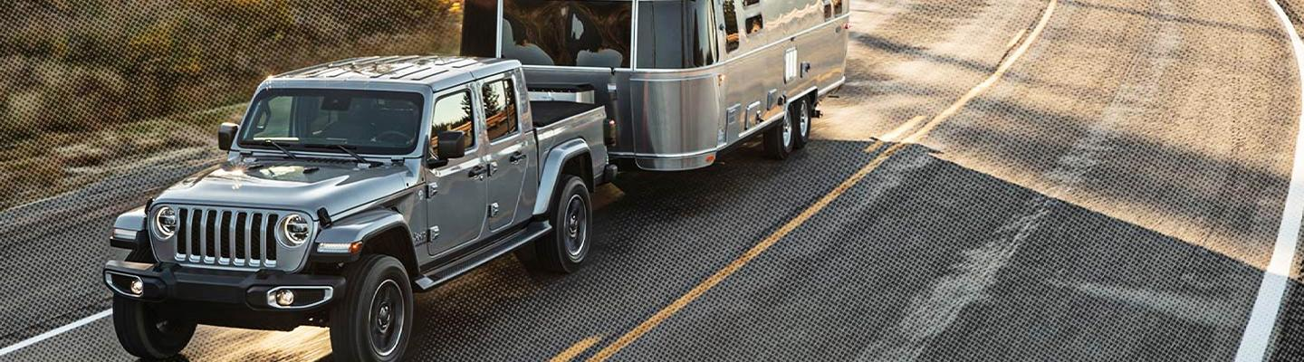 2020 Jeep Gladiator towing camper