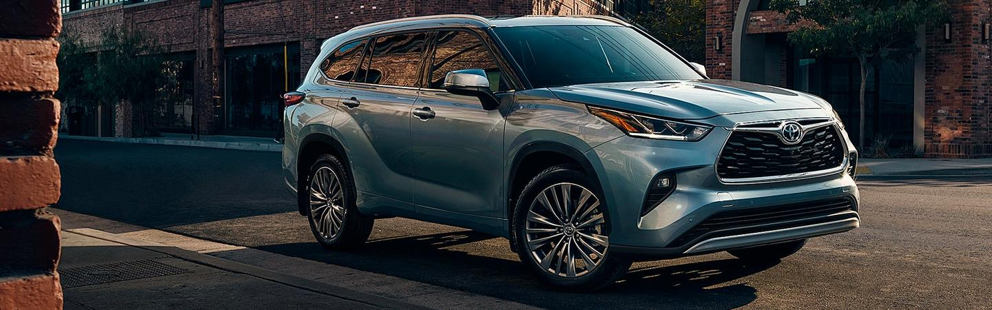 Picture of 2020 Toyota highlander