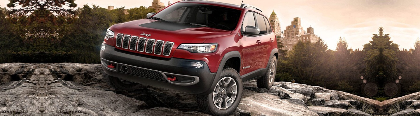 2020 Jeep Cherokee for sale at Marlow Motor Company Front Royal VA.