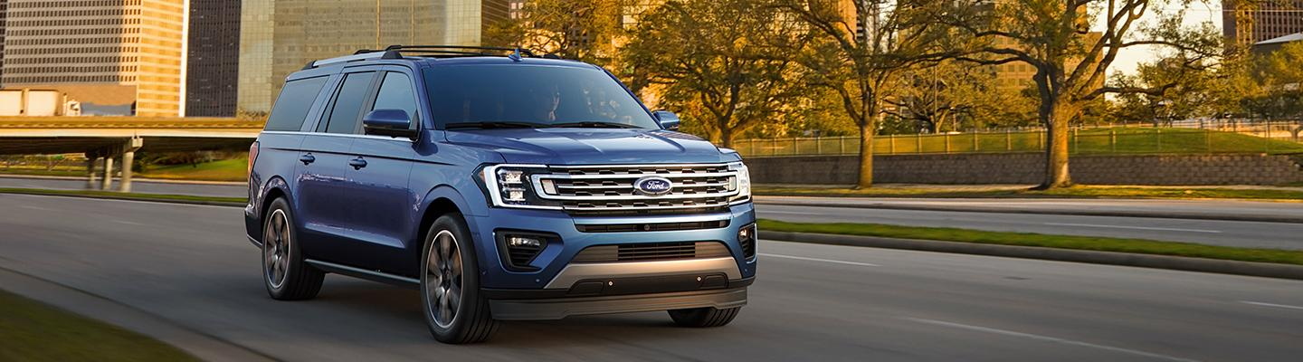 front view of a 2020 Ford Expedition in motion