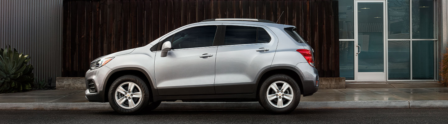 Side profile view of the 2021 Chevy Trax