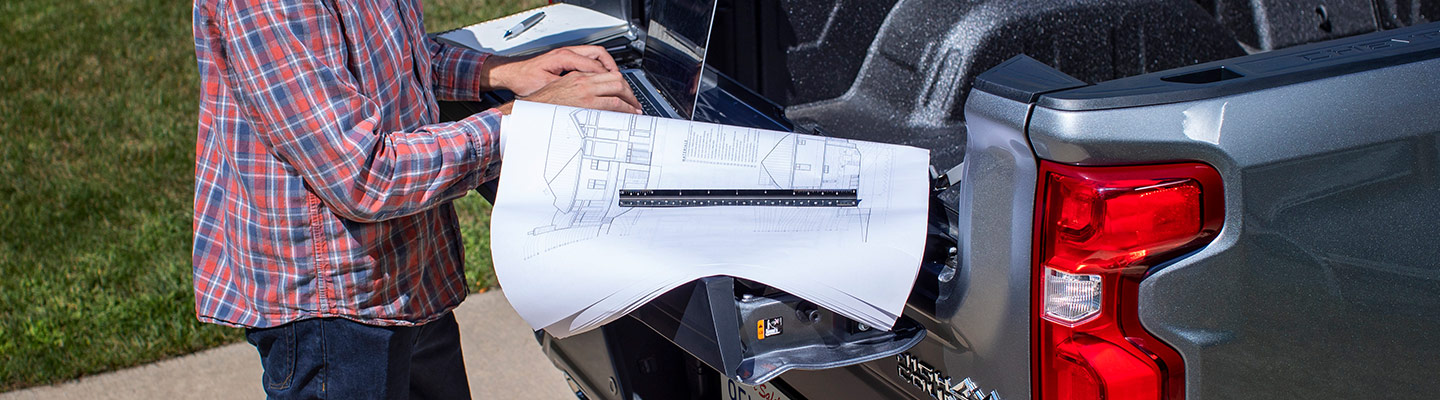 2021 Chevy Silverado 1500 Multi-Flex Tailgate work station