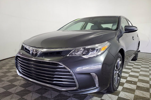 Certified Used 2017 Toyota Avalon XLE