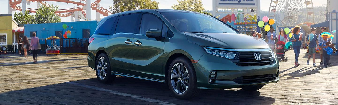 Side view of a 2021 Honda Odyssey