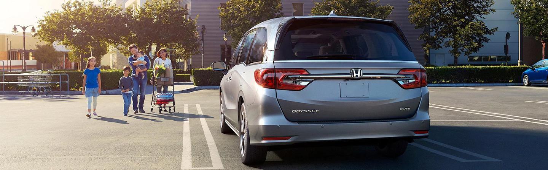 Rear view 2021 Honda Odyssey