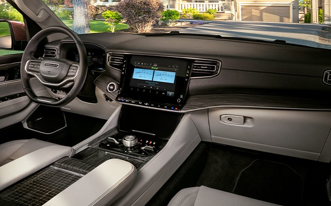 Jeep 2022 Wagoneer interior view of the dash