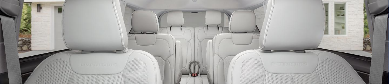 Jeep Grand Cherokee L interior