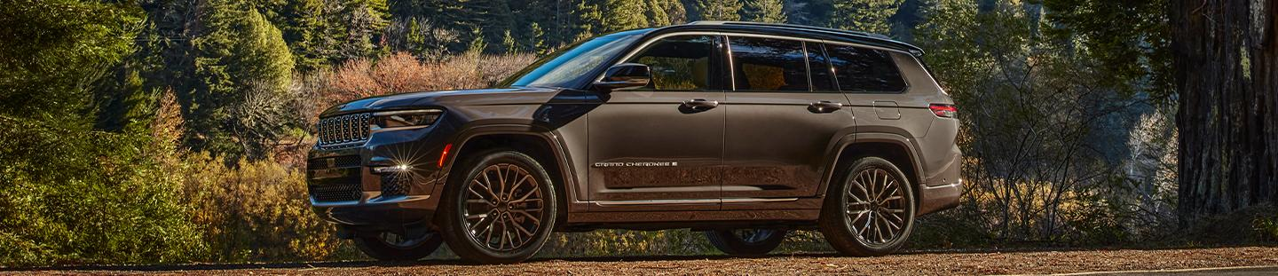 Jeep Grand Cherokee L in the forest