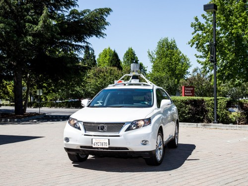 Google's self-driving car: the first crash - Weekly Roundup: Google's AMP support, Apple's Swift on GitHub, and more