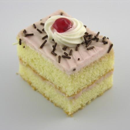 Raspberry Cream Pastry