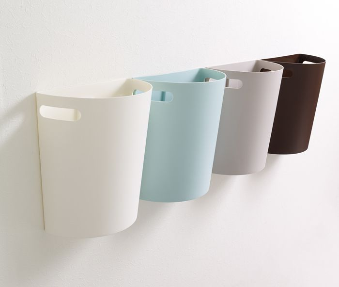 Dealing with Trash Cans in Small Kitchens - Trash Cans Unlimited