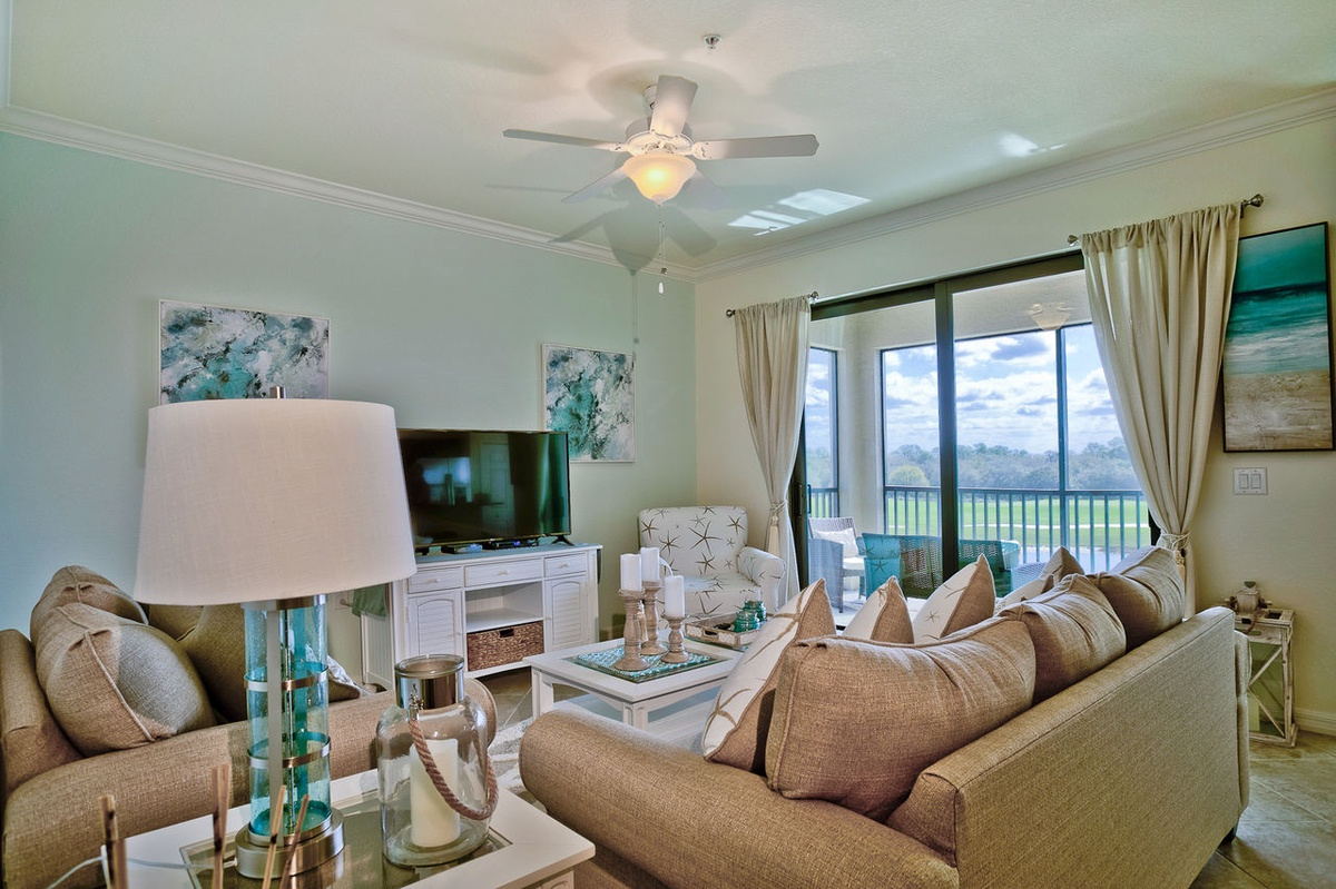 Excellent Lakewood Ranch vacation rental property with ocean theme