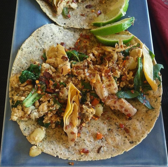 Catering ideas for comforting vegan comfort foods: Artichoke tacos | Image: Uppföda / Instagram