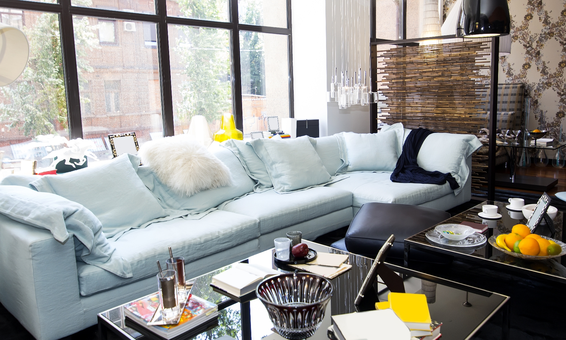 How To Easily Follow Interior Design Trends On A Budget The San Diego Furniture Rental Blog