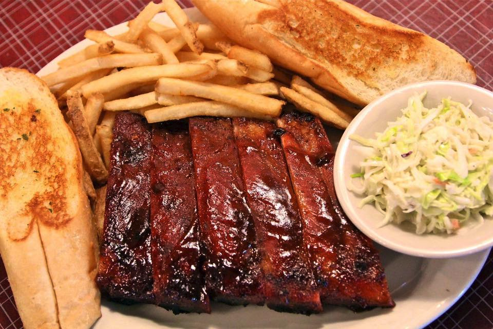 Bennett's Bar-B-Que / Facebook | Best BBQ restaurants in Denver for catering: Bennett's Bar-B-Que