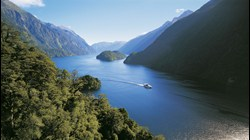 104-A5 Doubtful Sound Wilderness Cruises