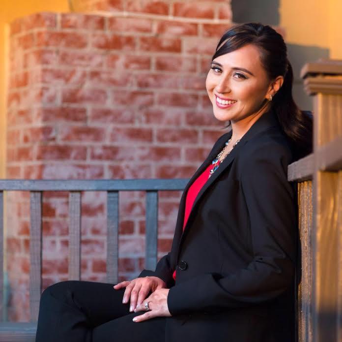 Vania Rincon, Real Estate Agent