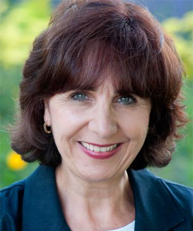 Joelle McGrew