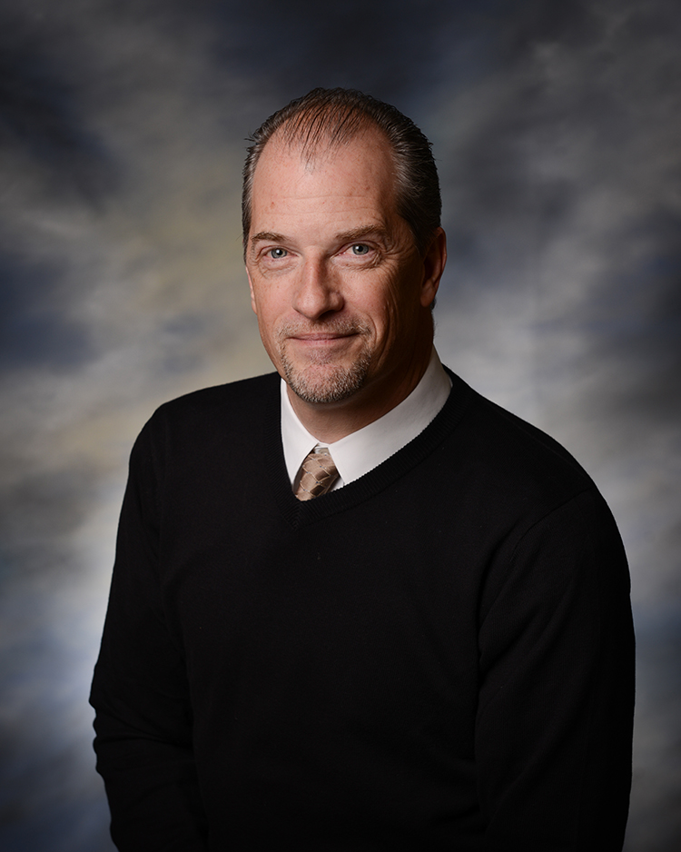 Patrik J Welty