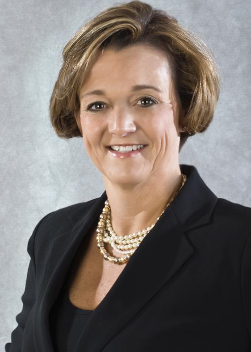Leslynn M Twiddy