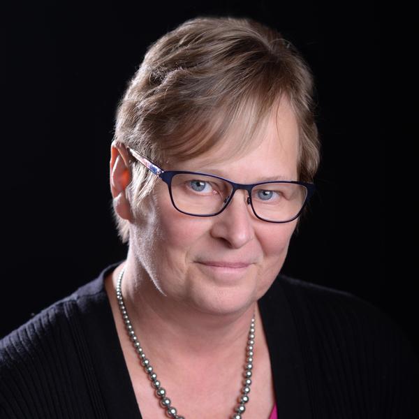 Paula Louvar