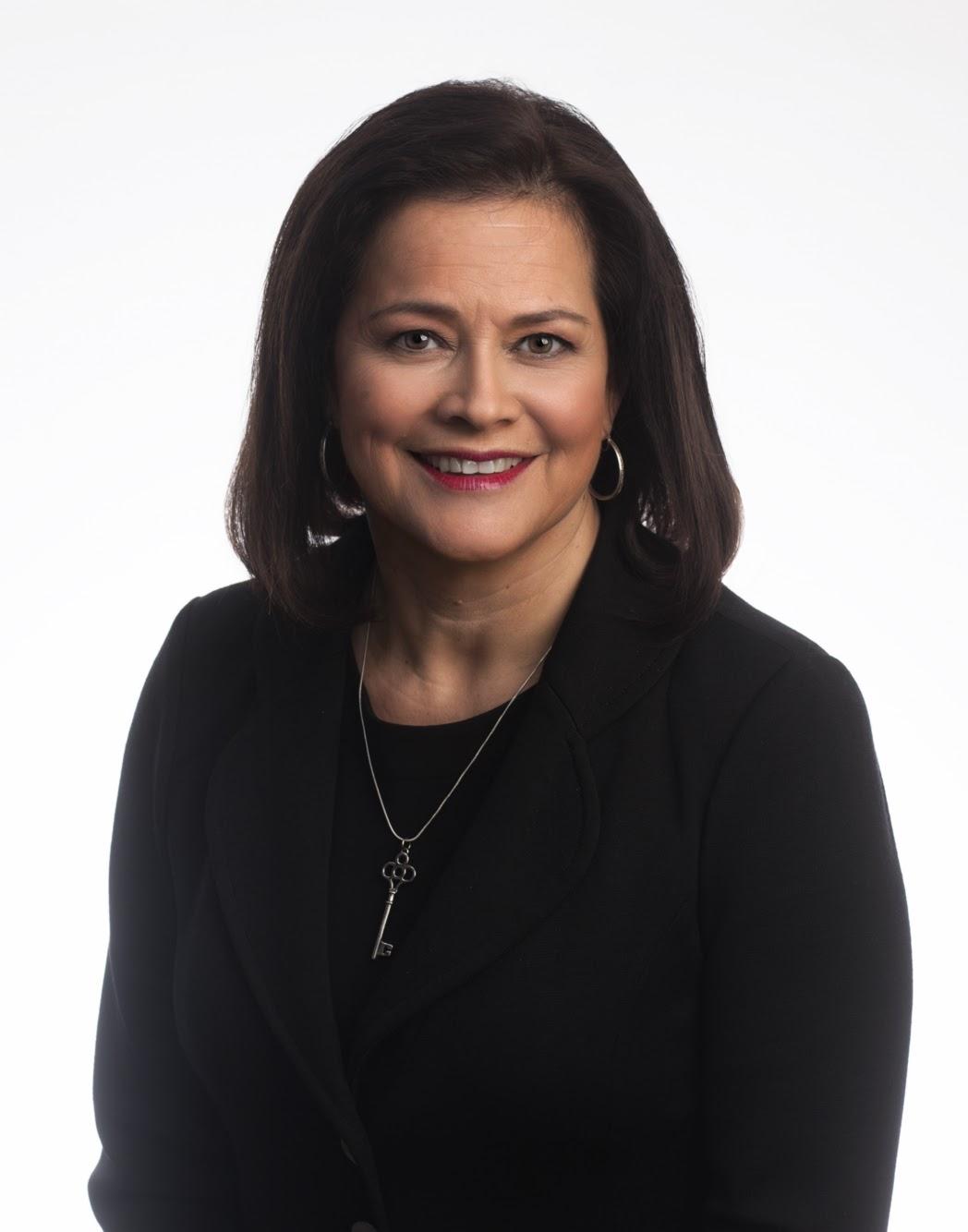 MARIANA COWAN