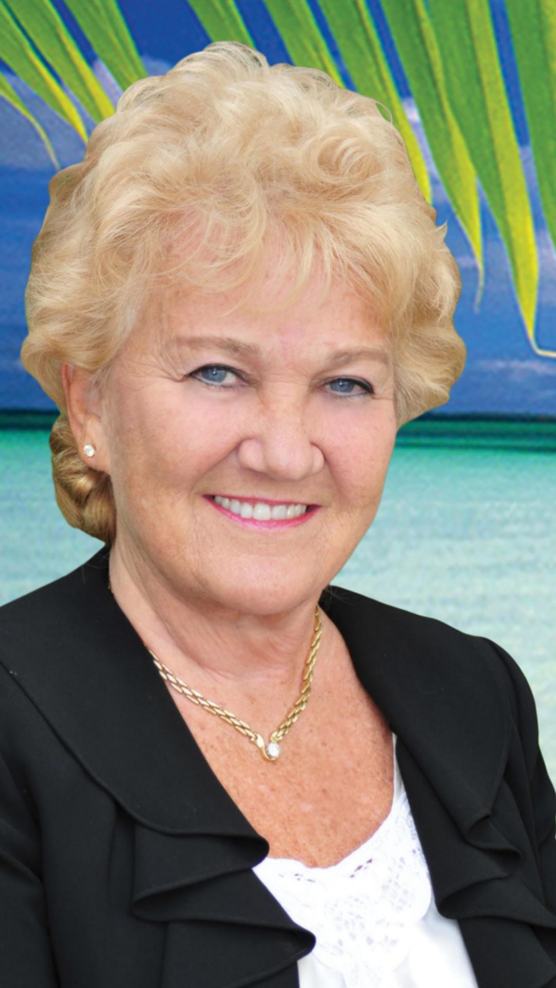 Linda Lee Agnolucci