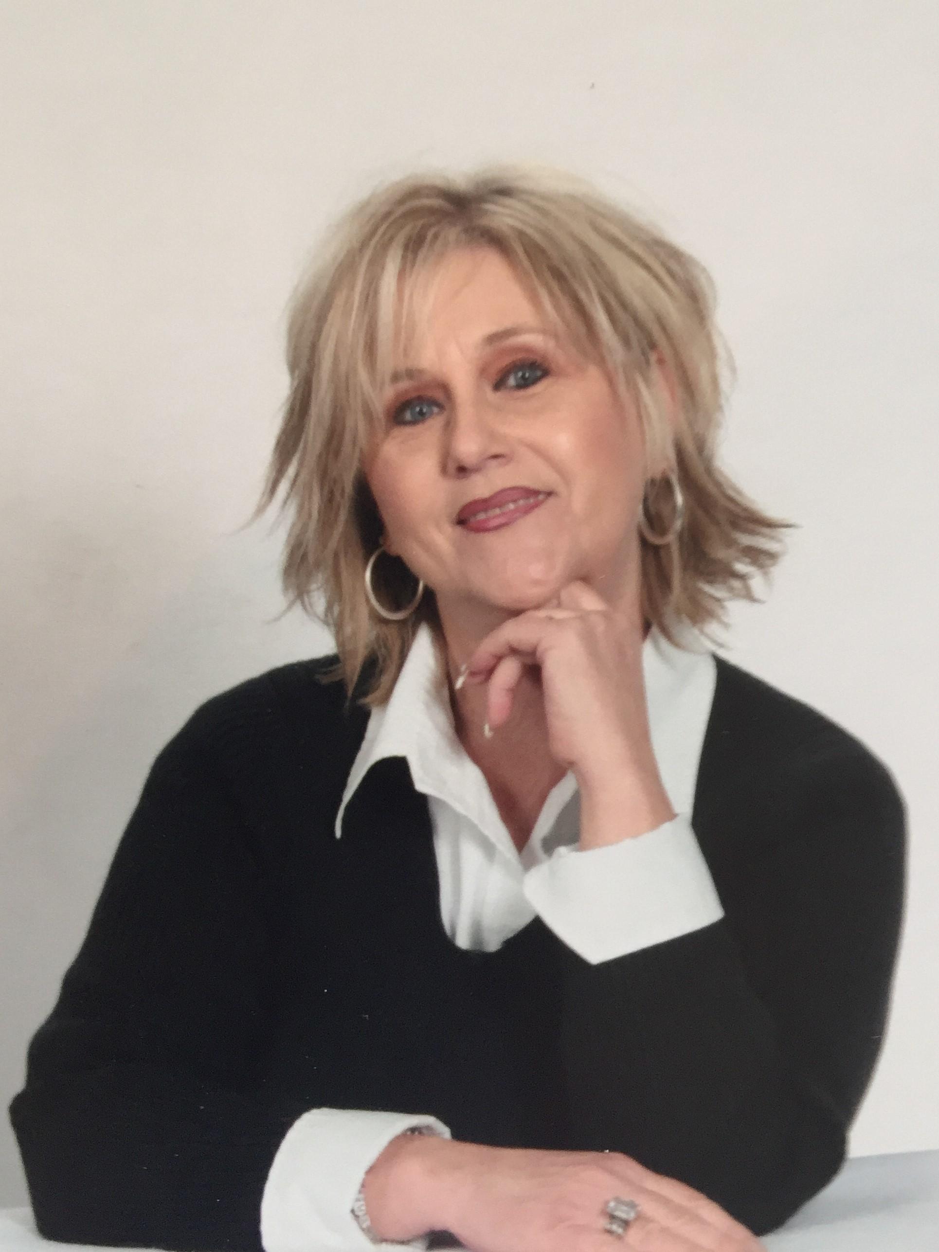 Mary Jo Troglin